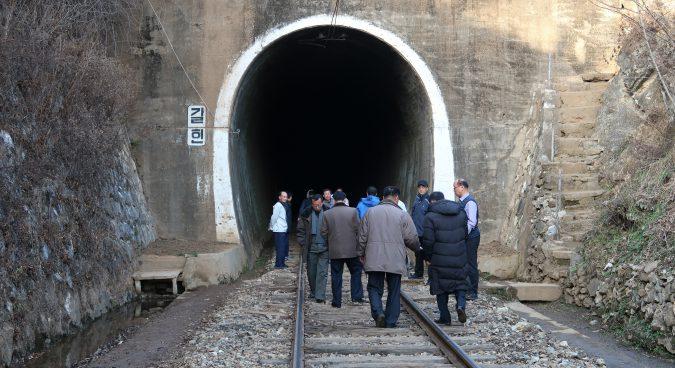 بازدید از ریل کره شمالی