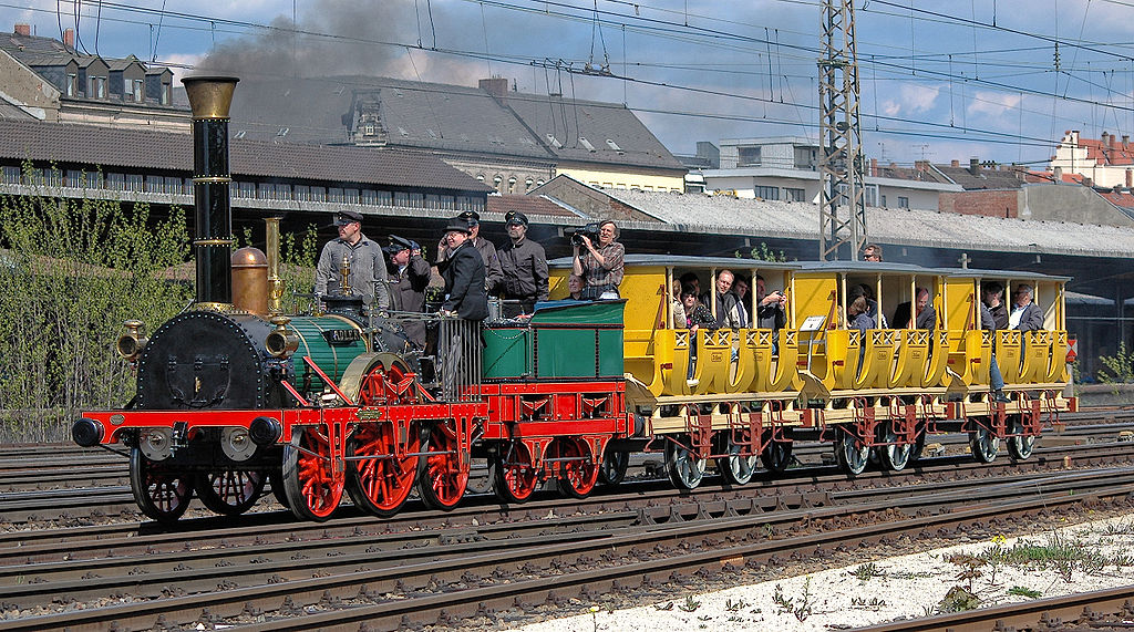 1024px-Adler_May_2008_Fuerth_3