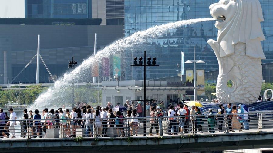 http___cdn.cnn.com_cnnnext_dam_assets_150601165618-top-10-destination-cities-singapore