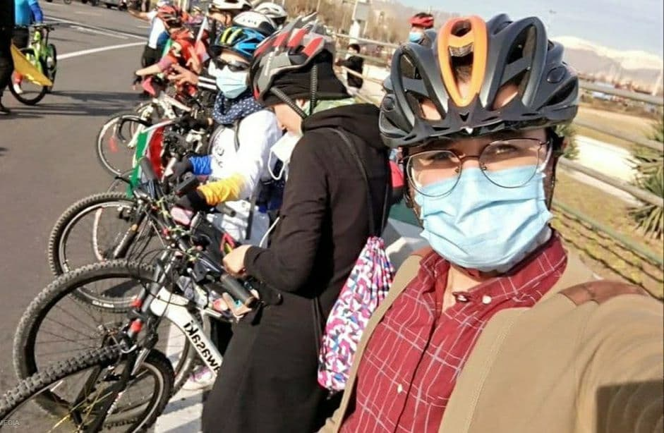 زنان دوچرخه سوار