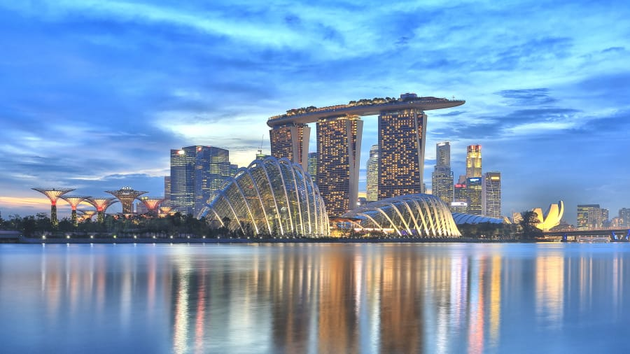http___cdn.cnn.com_cnnnext_dam_assets_181206144910-singapore-for-less-gallery-12