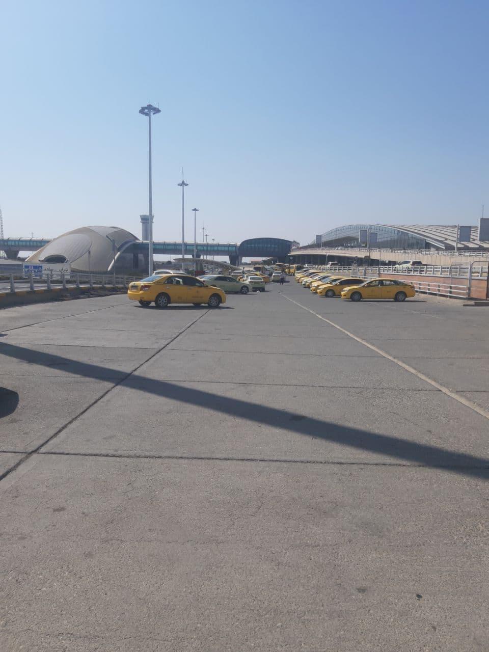 پارکینک موقت تاکسی های فرودگاه امام