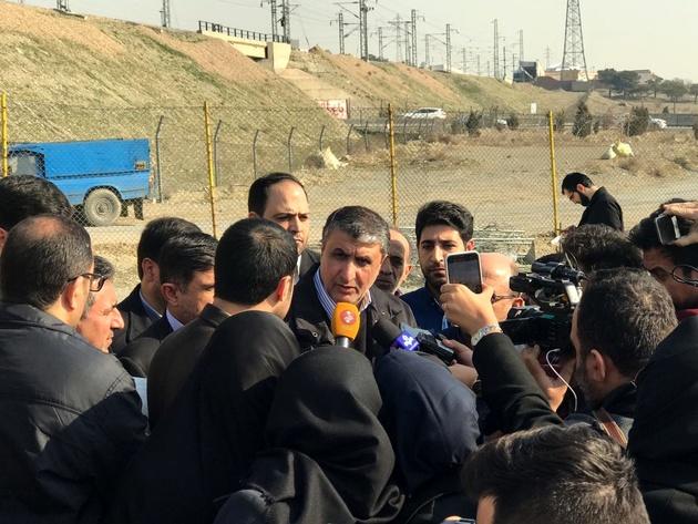 بازدید وزیر راه از پروژه آزاد راه شهید همت