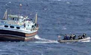 سرگردانی 5 صیاد چابهاری در آبهای دریای عمان