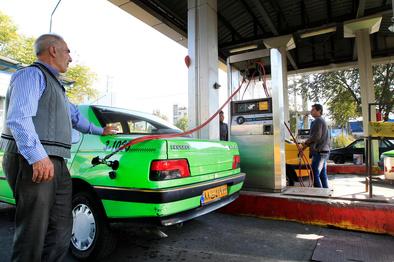 دولت تصمیمی بر سهمیهبندی بنزین ندارد