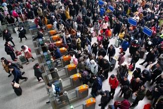 ترافیک سنگین در خطوط ریلی چین در آستانه تعطیلات سال نو
