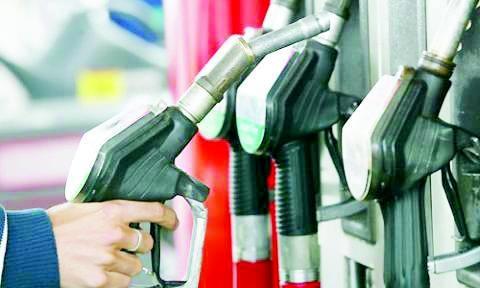 بنزین بر سر دوراهی افزایش قیمت یا سهمیهبندی