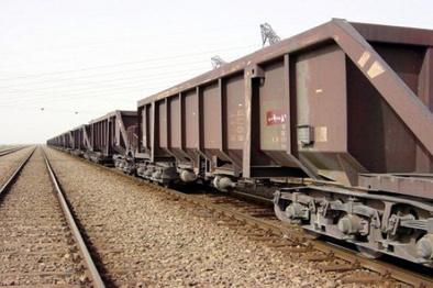 حمل مصالح راهسازی از طریق راه آهن رشت - قزوین میسر شد