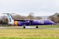 Flybe de Havilland Dash 8 Lands Without Nose Gear