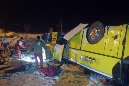 9 کشته در واژگونی اتوبوس در آزاد راه زنجان-تبریز