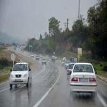 جادههای مازندران بارانی و لغزنده