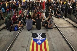 راهها و خطوط ریلی کاتالونیا مسدود شد