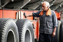 انجمن صنفی کارفرمایی نمیتواند منافع رانندگان خود مالک را تامین کنند