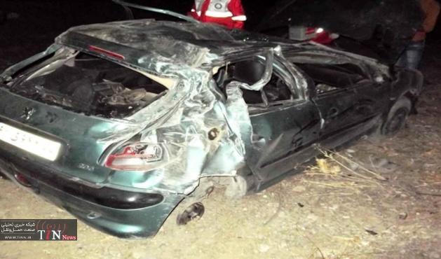 واژگونی خودرو سواری ۳ کشته و زخمی در پی داشت