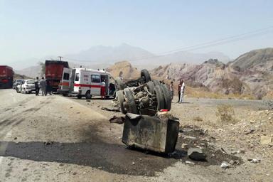وضعیت خطرناک گردنه حاجی آباد در استان هرمزگان + عکس