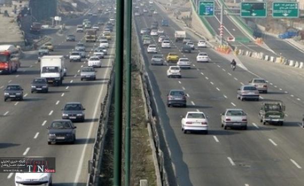 ترافیک در آزادراه های استان قزوین نیمه سنگین است