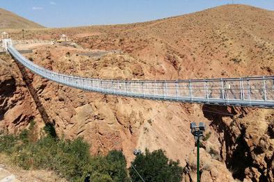 نخستین پل معلق در محدوده «شاه دره» شهرستان آوج افتتاح شد