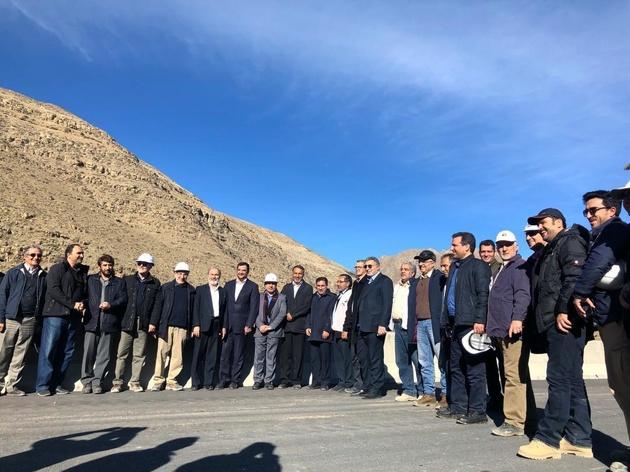 بازدید نمایندگان از آزادراه تهران شمال؛ پیشرفت قطعه یک به 92 درصد رسید