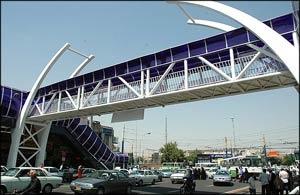 پل های عابر شهر تهران ایمن می شود