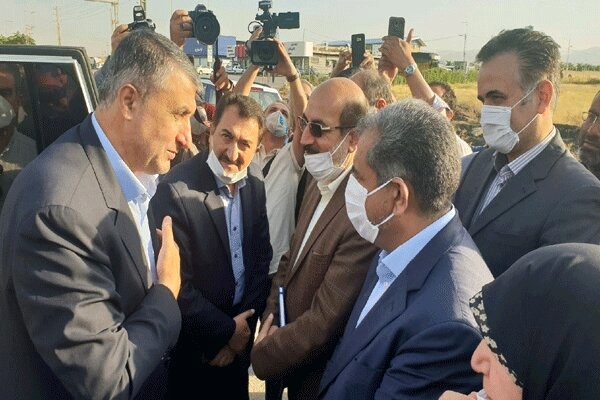 وزیر راه و شهرسازی وارد قزوین شد