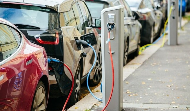 فروش ۱۲۵ میلیون دستگاه خودرو برقی تا سال ۲۰۳۰
