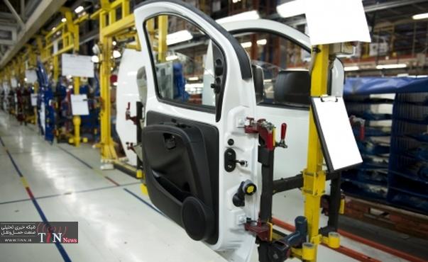 رقابت سخت خودروسازان در جریان دستورالعمل اخیر دولت