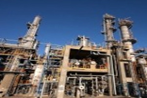 کیفیت بالاتر بنزین تولیدی پالایشگاه های کشور نسبت به بنزین پتروشیمی ها