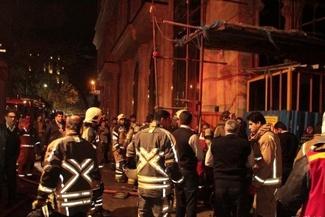 نجات 100 کارگر از آتش ساختمان درحال ساخت