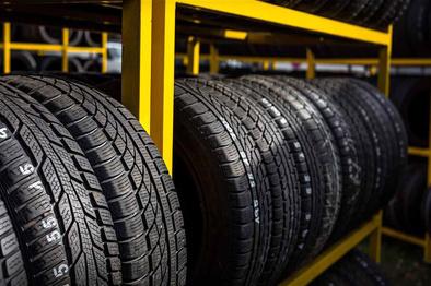 کسب رتبه نخست همدان در توزیع لاستیک خودروهای سنگین
