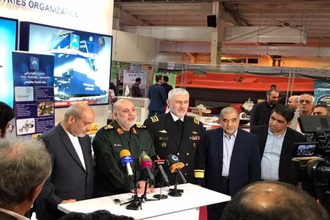 گزارش تصویری  افتتاح بیست و یکمین نمایشگاه صنایع دریایی و دریانوردی کشور در قشم