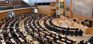 نمایندگان مجلس سوئد چگونه به مجلس رفت و آمد می کنند؟