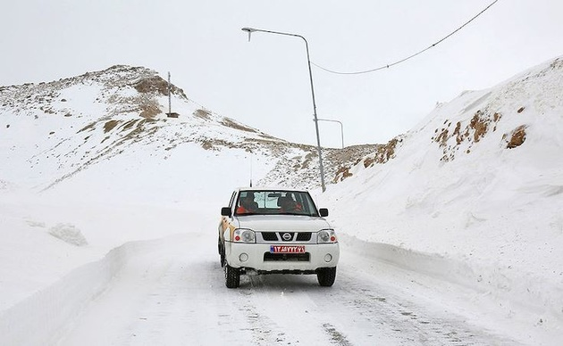بارش برف ارتفاعات زاهدان و خاش را سفید پوش کرد