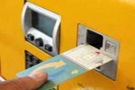 دردسرهای جدید عرضه کارتی بنزین / بازگشت صف به جایگاهها