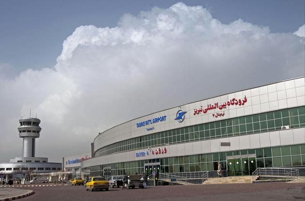 اتمام عملیات محوطهسازی مقابل ترمینال ۳ فرودگاه تبریز