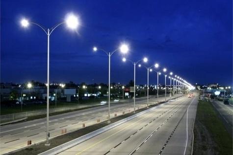 From sunlight to street light