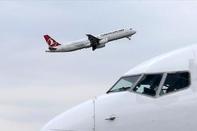 Int'l Airlines Gradually Resuming Iran Flights