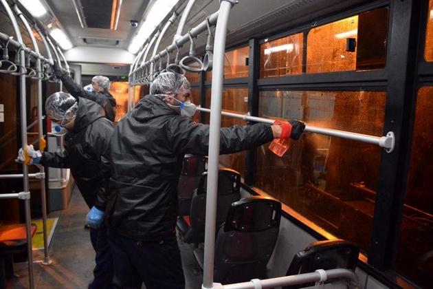 ضدعفونی کردن اتوبوسهای پایتخت برای مقابله با شیوع کرونا