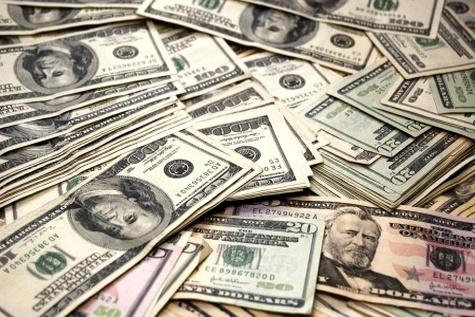 افزایش نرخ دلار یعنی کاهش قدرت پولی