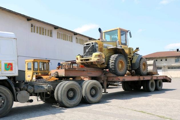 استقرار  ماشین آلات راهداری قزوین در لرستان
