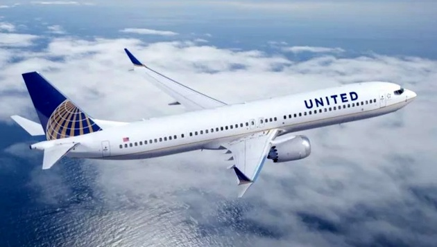 United Airlines' First 737 MAX 9 Takes Flight from Houston