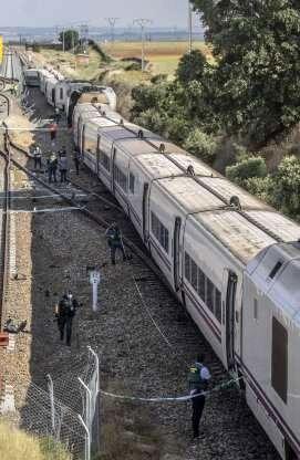 برخورد مرگبار قطار سریعالسیر با خودرو در اسپانیا