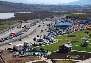 خیل عظیم گردشگران نوروزی در منطقه آزاد ارس