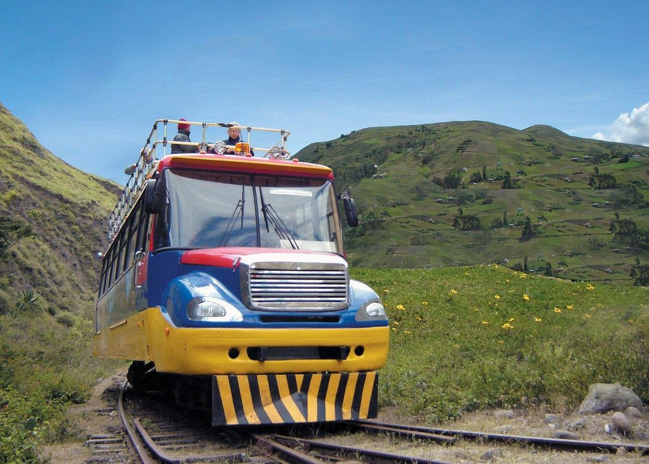 چیوا اکسپرس / Chiva Express