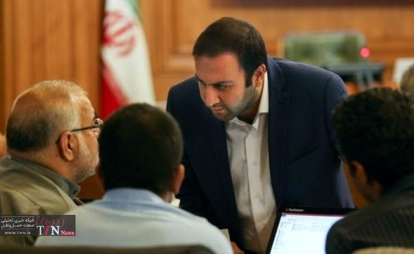 تشنج در صحن شورای شهر تهران در پی تذکر حکیمیپور