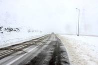 بارش باران و برف در جادههای ایران