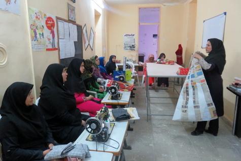برگزاری دوره های آموزشی مشاغل خانگی در محلات هدف بازآفرینی بجنورد