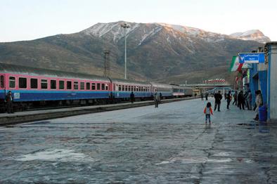 آمادهباش راهآهن لرستان برای خدمترسانی به زائران اربعین