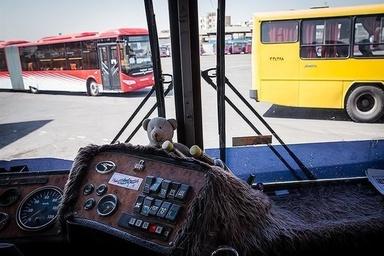کولر وسیلهای تزئینی در اتوبوسهای کلانشهر کرمانشاه