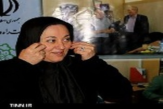 ◄ گزارش تصویری / نایب رئیس کمیسیون حمل و نقل اتاق تهران در غرفه تین نیوز