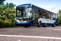 Autonomous bus takes passengers on manoeuvres